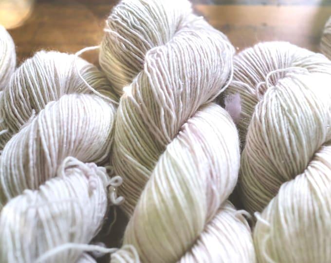 Pearlescent - Glisten - Fingering Weight - 399 Yards - 95/5 Superwash Merino/Stellina - 100 Grams - Hand- Dyed Yarn