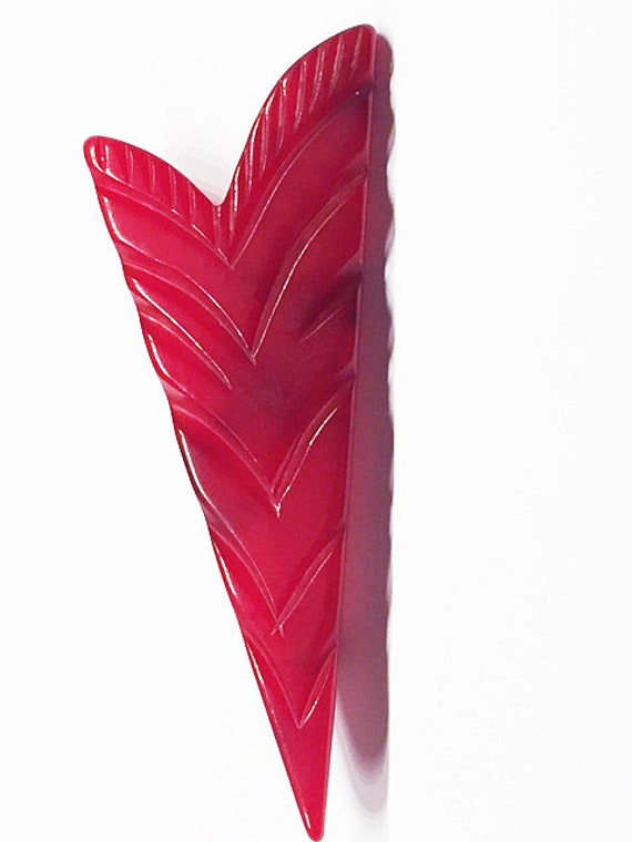 Carved Cherry Red Bakelite Feather/Arrow Brooch/Pi