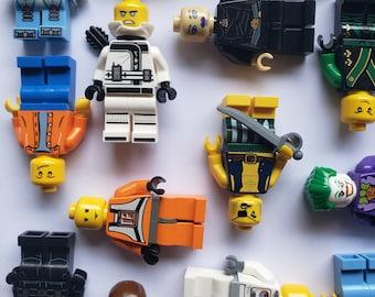 10 LEGO® Minifigures
