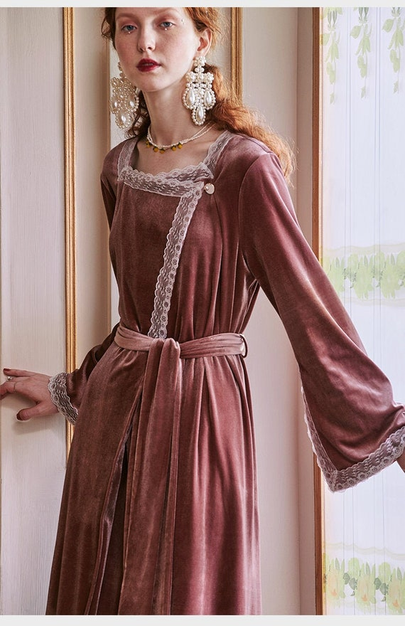 Romantic Vintage Velvet Sexy Pink Robe   Robe Set