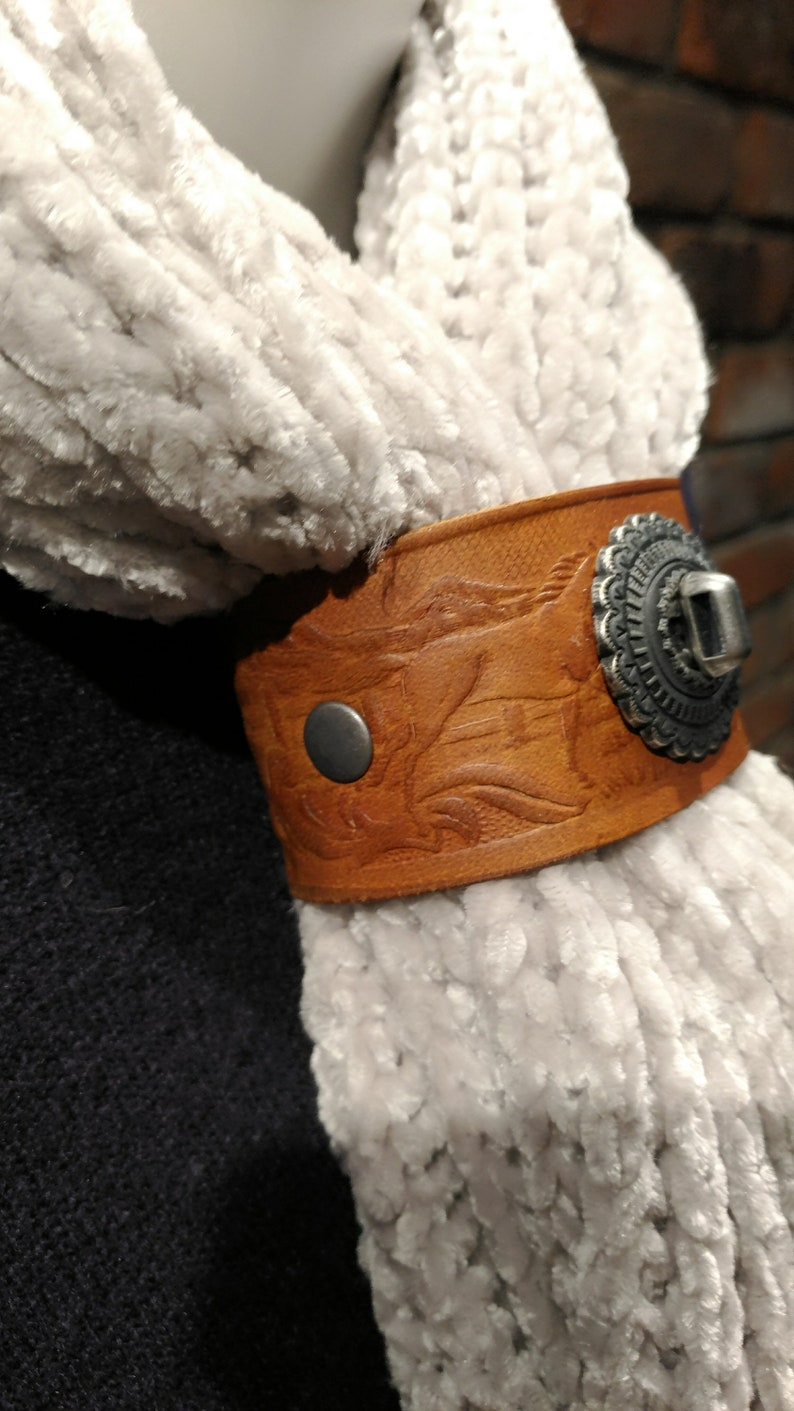 Scarf Buckle Antique Lock with horse stamped Band