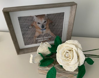 Memorial Remembrance 3 Rose Bouquet, Uncycled Plarn, Gift, Decoration, Life Celebration