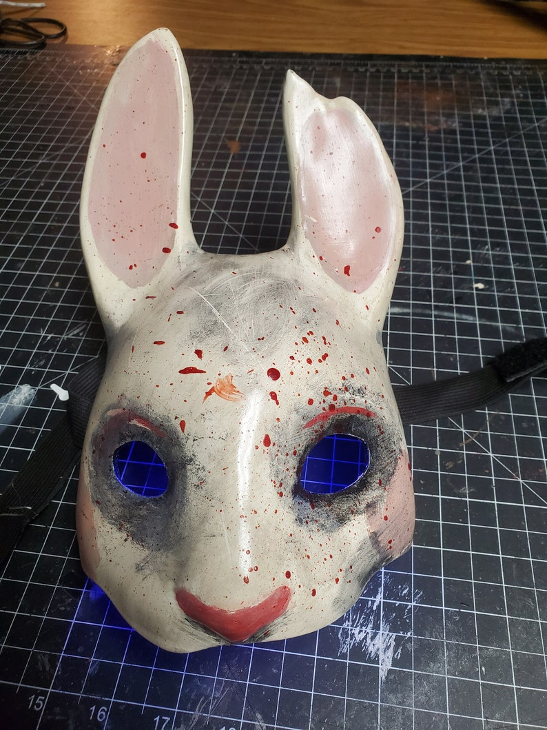 Dead By Daylight The Huntress Prop Set
