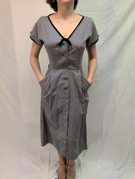 1940s navy gingham dress - image 2
