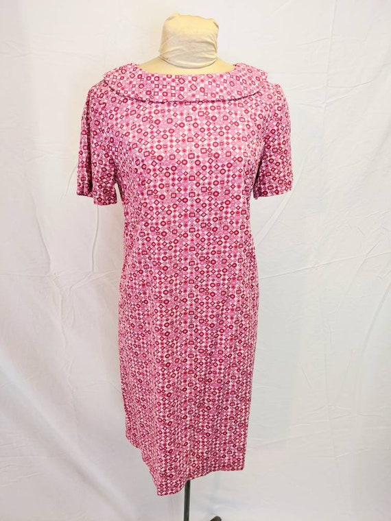 Late 1950s/early 60s pink novelty print dress