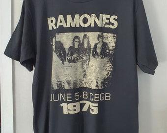 "Ramones T-shirt Vintage Look Retro T-shirt L Size 21"""