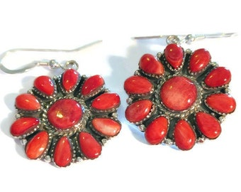 Santa Fe Style Spiny Oyster Red Shell Flower Earrings in Sterling Silver (9.5 g)