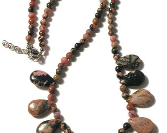 """Zaire Rhodonite Beaded Necklace (18-20"""") in Stainless Steel 146.80 ctw."""