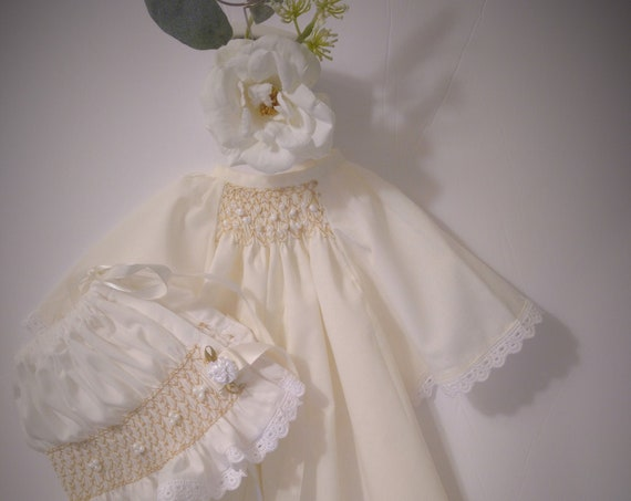 REBORN BABIES Heirloom Style Daygown With Angel/Flutter Sleeves For Reborn Baby DOLL ~ Matching Pastel Buttercream Bonnet With Ecru Smocking