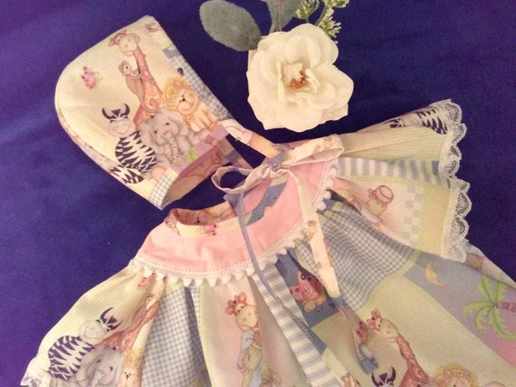 Reborn Doll DRESS With Bonnet and FREE Diaper Cover ~ Angel Flutter Sleeves ~ Newborn to 3 Months ~ Sweet Animal Friends ~ FREE Ship