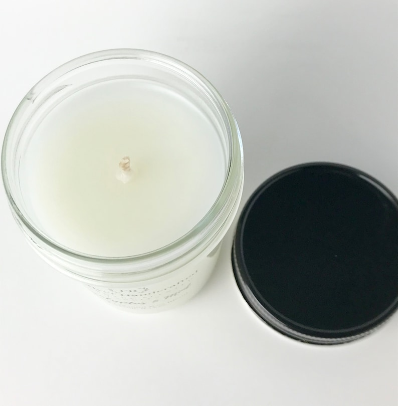 Handmade Luxury Scented Candle Highly Scented Candle Jar Candle With Lid 8 oz Fresh Outdoors Soy Blend Candle