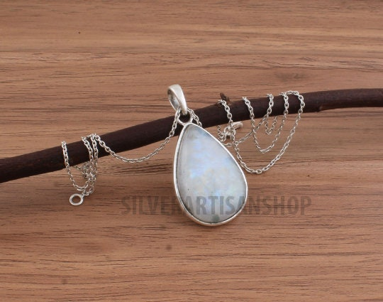 Star shape Rainbow Moonstone sterling silver pendant,925 purity,8*8*6mm cabochon,natural gemstone,25*21mm size,healing benefits,gift jewelry