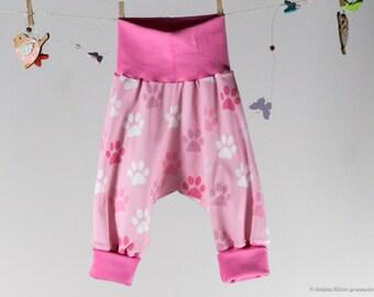 BIO - Babyhose mit rosa und weißen Tatzen - Größe 68
