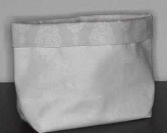 BIO - Utensilo mit Ornamenten in Weiß