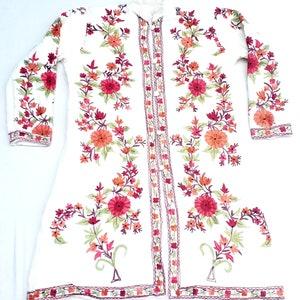 Vintage unisex indian kashmere white colour sleeve less hands crafted embroidery boho woolen kashmiri jacket,coat,top,