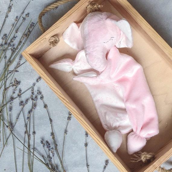 Baby Product Cuskiboo comforter in Pink