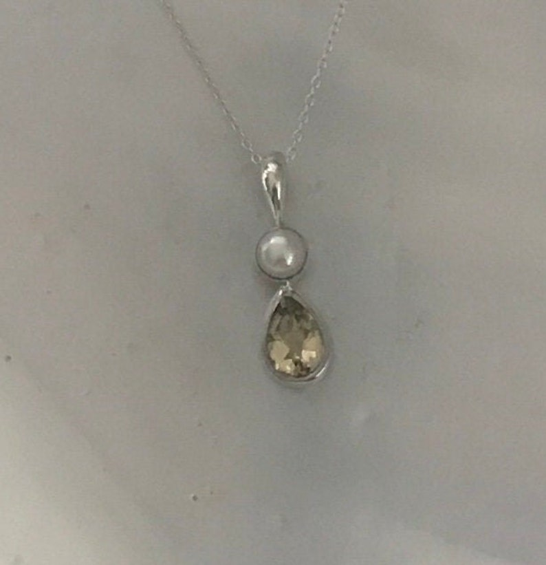 Gorgeous Natural Faceted Yellow Citrine White Freshwater Pearl And 925 Sterling Silver Teardrop Drop Pendant Necklace