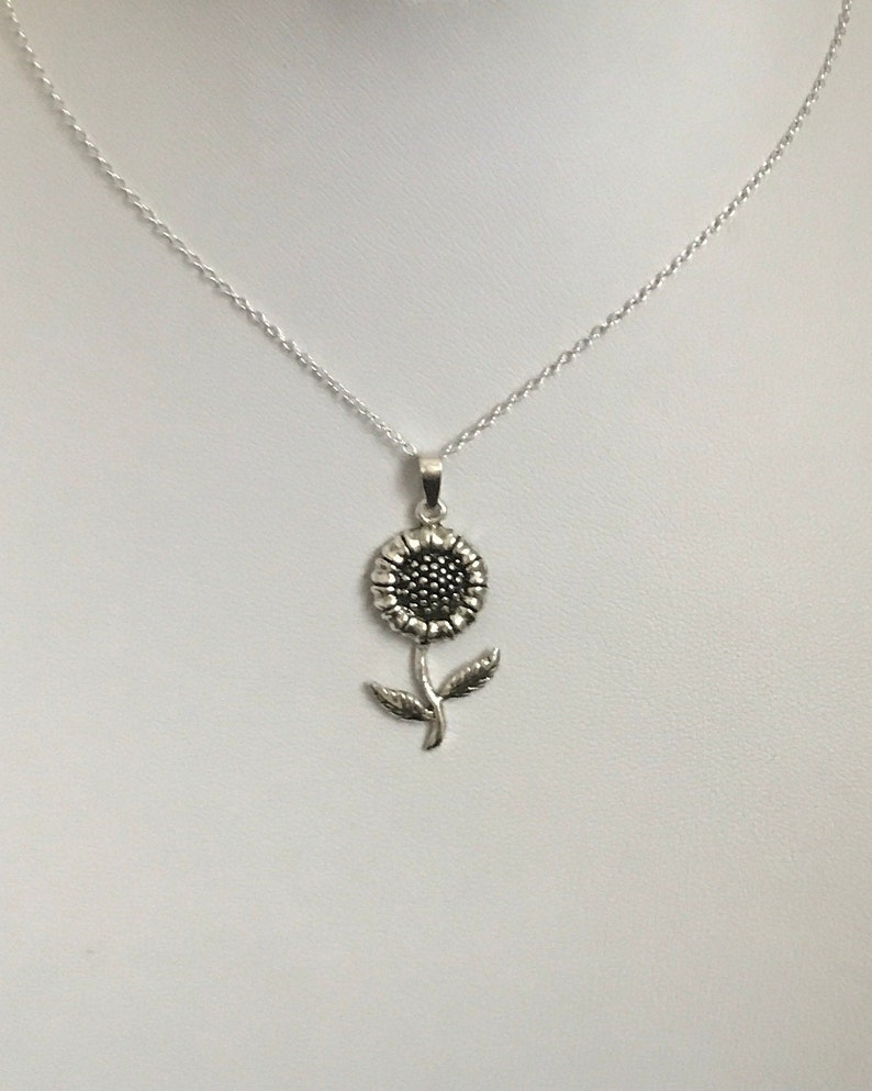 Stunning Large 925 Sterling Silver Sunflower Drop Pendant Necklace
