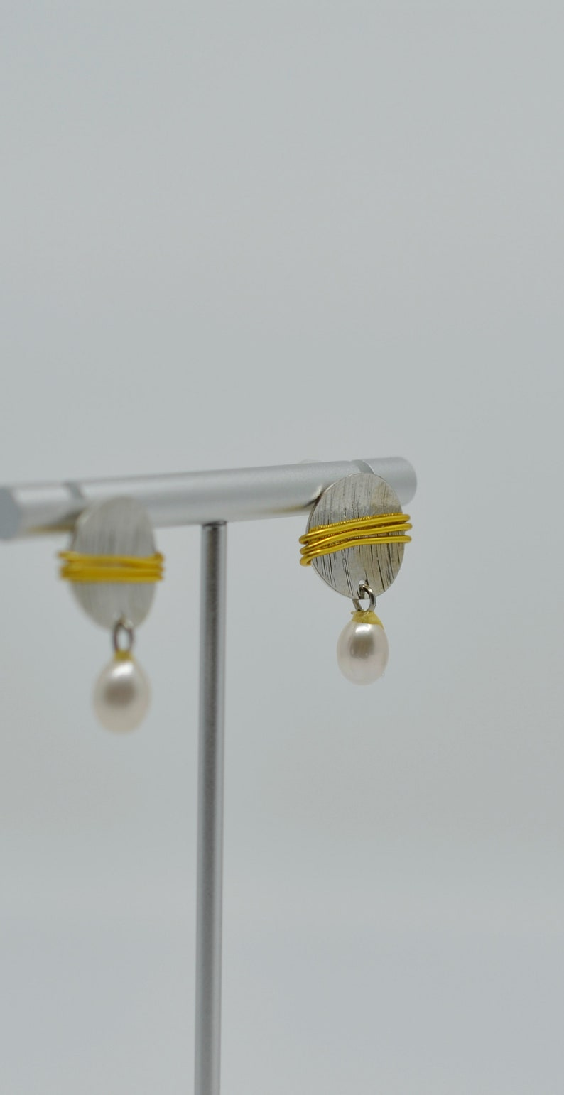 Freshwater Pearl Dangle Round Earrings