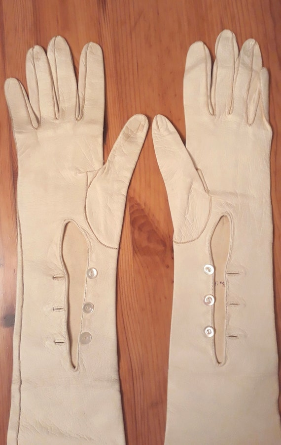 1950s Beige Leather Long Gloves