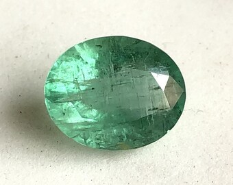 Certified 7.70x9.00x4.30MM Natural Emerald Faceted oval Gemstone Loose Emerald Oval Faceted gemstone AAA Price Per Peice Quality Emerald