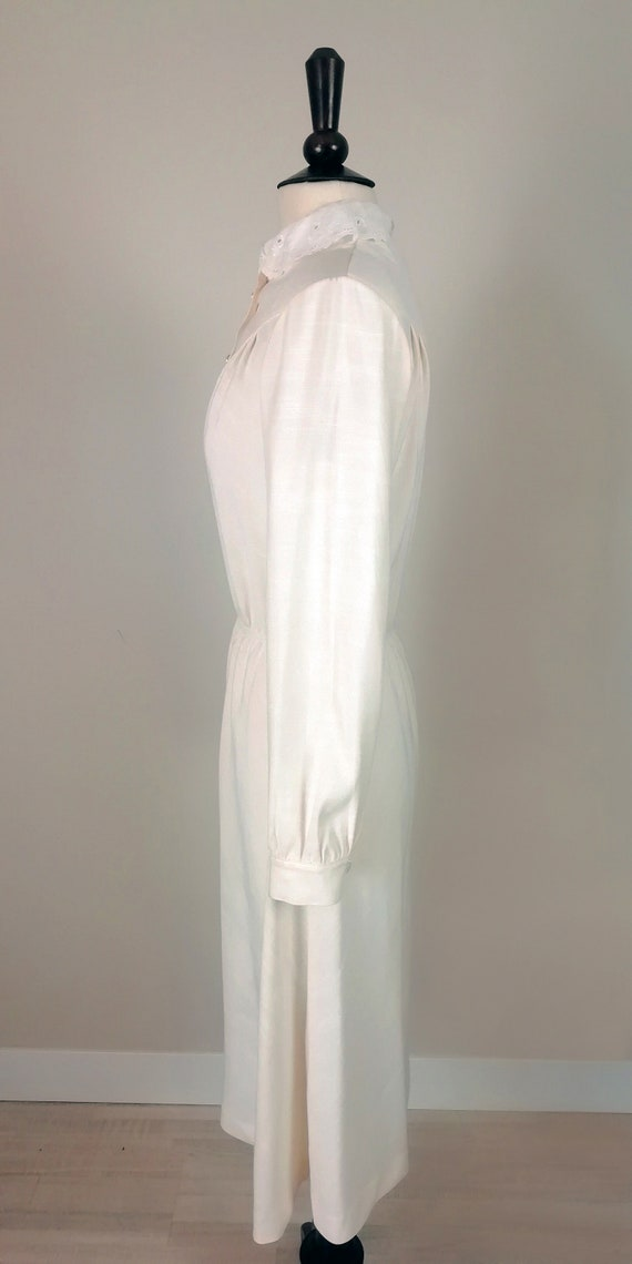 Romantic '70s dress in ivory color - image 4