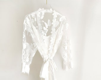 Bridal Lace Robe | Bachelorette Gift | Bridal Party Robe | Bridal Party Gift | Destination Beach Wedding Robes (White Bridal Robe)