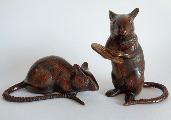 2379# Pair Of Iron Rats with Ancient Lucky coin Okimono Ornament Japanese Heavy Iron Rat Sculpture