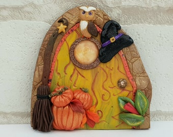 Moon Fairy Door Needle Minder Gifts for Stitchers, Magnetic Witch Door Needle Holder for Autumn Cross Stitch or Embroidery