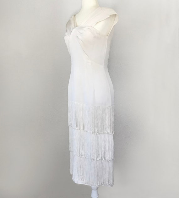 Authentic 1930s White Fringed Flapper Dress - image 2