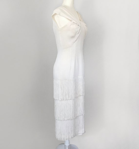 Authentic 1930s White Fringed Flapper Dress - image 4
