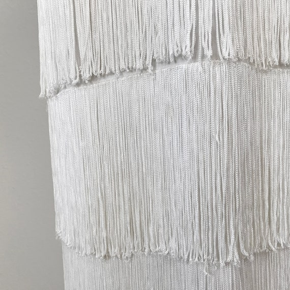 Authentic 1930s White Fringed Flapper Dress - image 5