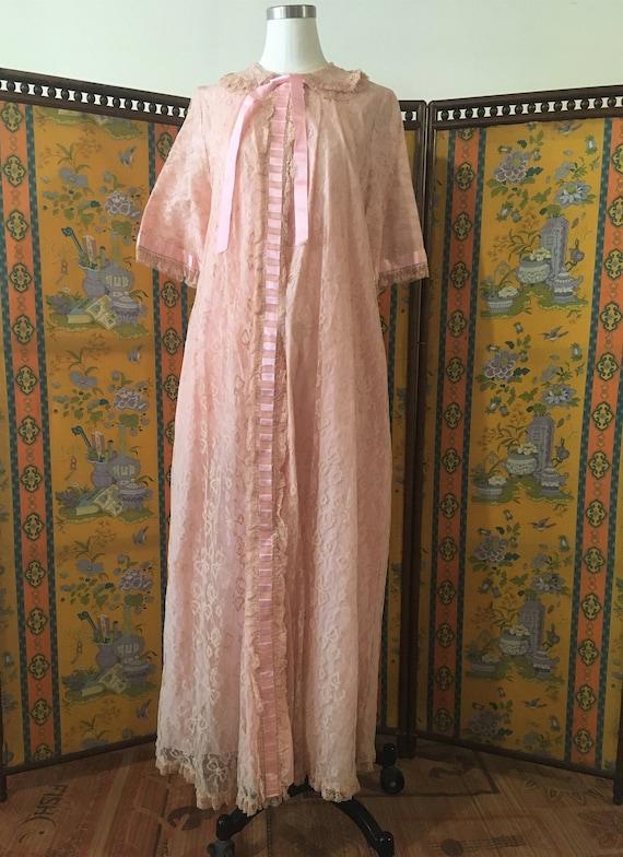 Vintage 1950's Pale Pink Odette Barsa Style Dressi
