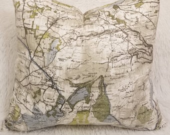 """Set of 2 Maps Cream & Green Indoor Decorative Pillow Covers Fits 18"""" x 18"""" Throw Pillow Inserts"""