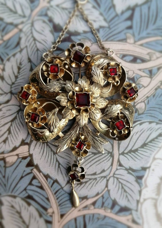 Antique English Victorian Ruby Paste Garland Neckl