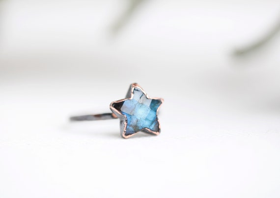 Labradorite star ring in patinated copper - Size FR 53 // US 6 1/2 - Nature-inspired jewel - boho