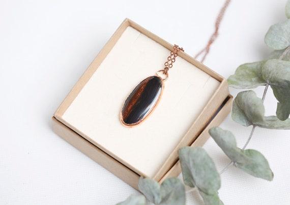 Copper Iron Eye pendant // Iron Eye necklace // Nature-inspired jewelry - boho