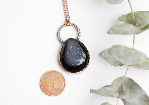 Black Onyx collar in patinated copper // Onyx Druzy pendant // Natural stone jewel
