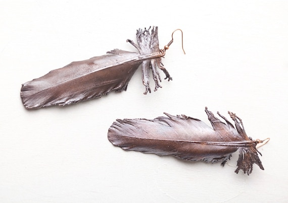 Real feather copper earrings - nature-inspired jewelry