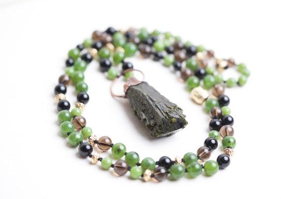 Epidote necklace - Epidote Natural Stone Pendant - Natural Stone Collar //