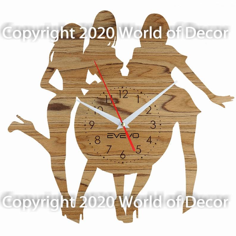 Filles Girl Wood Wall Clock Wooden Clock Natural Wood Clock Wooden wall Clock Unique Wall Clock Custom Designed