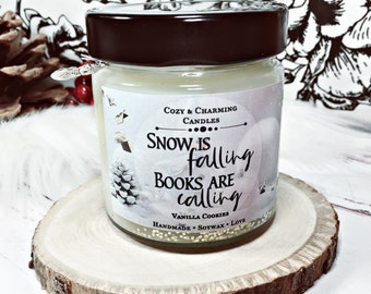 Snow is falling, books are calling   Bookcandle   Bookish Candle   Scented Candle   Scented candle   Winter Candle