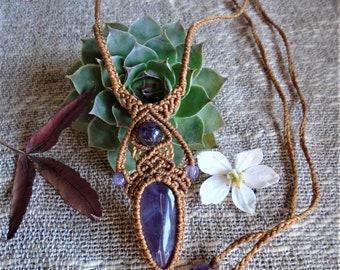 Macramé necklace - Amethyst
