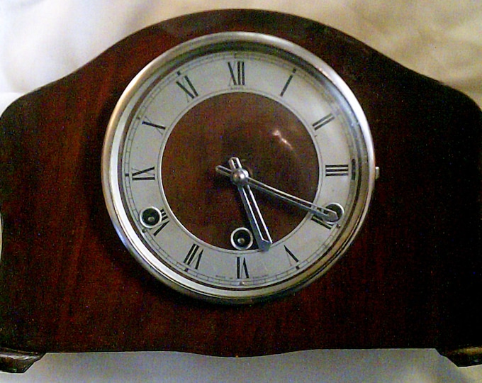 Featured listing image: High End 1930s Perivale 8 Day Westminster Chime Mantel Clock - Fully Working