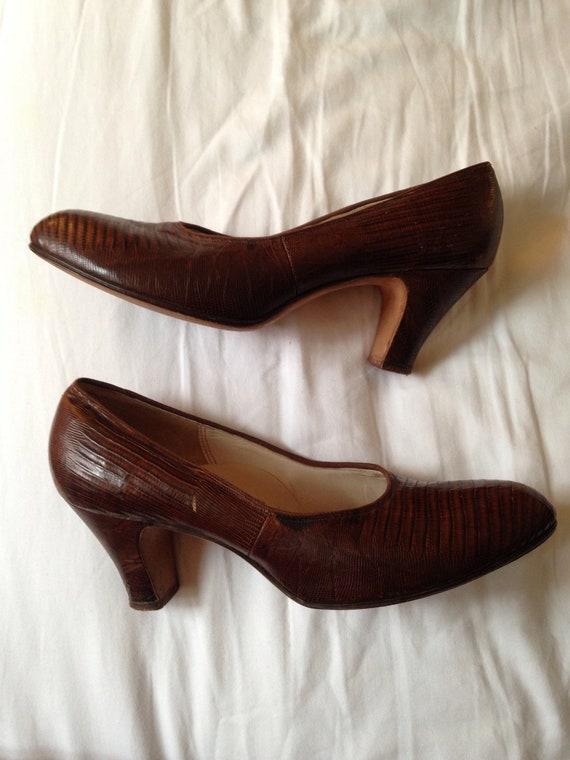 Vintage 40s PinUp Lizard Skin Heels - Brown Pumps