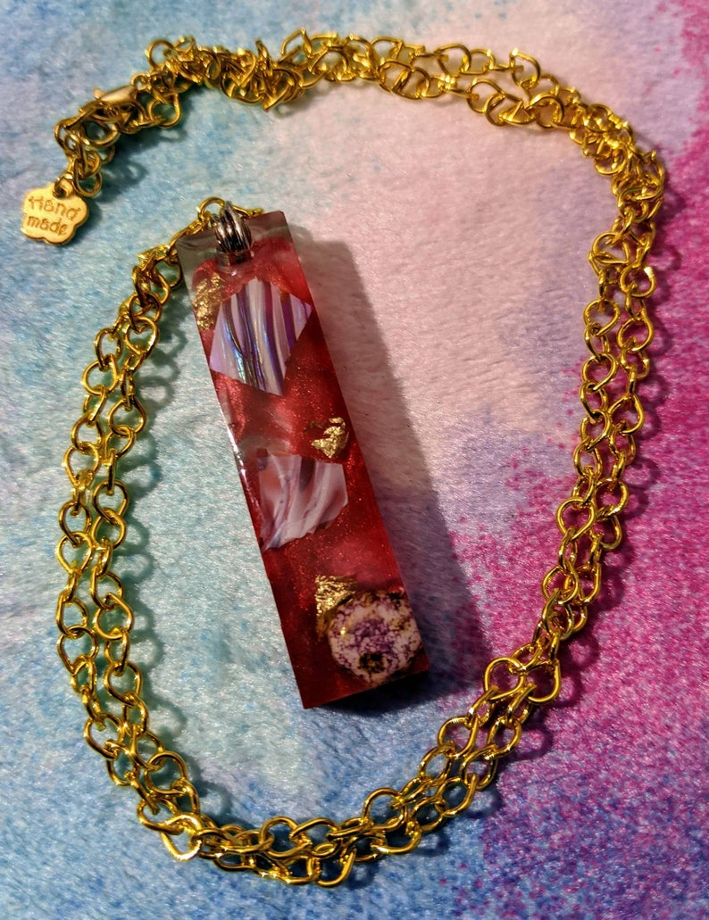 TW Bright Red and Gold Shimmering Pendant