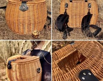 Large Foraging Basket Backpack Wicker