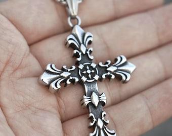 Medieval Antique Style Cross Pendant Necklace for Men Women