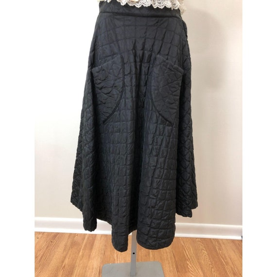 Vintage 1950s Lined Quilted Circle Skirt with Pock