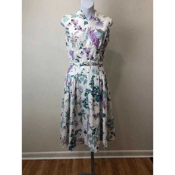 Vintage 1950s Floral Day Dress Matching Belt